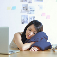 Infinity Pillow - Navy for Nappers, Dreamers and travellers